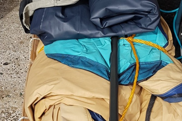 King bed Sealy Posturepedic Ovation, Family tent and poles, Box