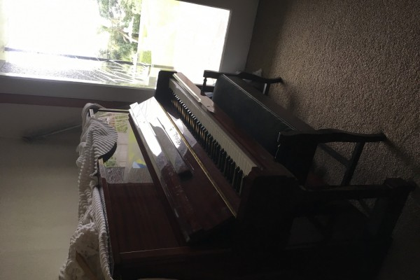 Offenbach extended upright piano
