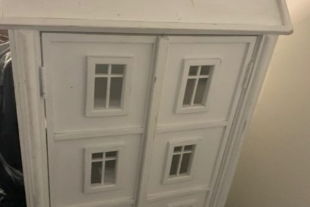 Dollshouse Book Shelf or Display Cabinet