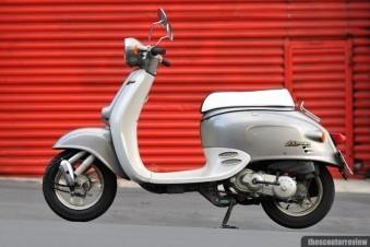 Motorcycle Honda Giorno