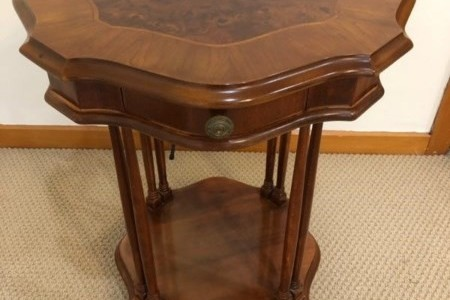 Mahogany / burr walnut wood side table