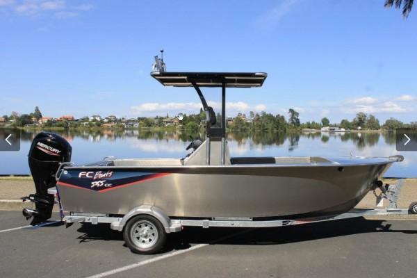 Small boat FC535