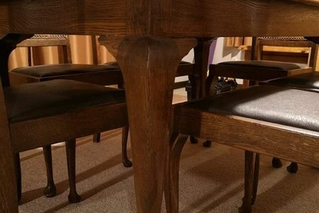 Antique oak dining table with 6 chairs good condition $1 reserve