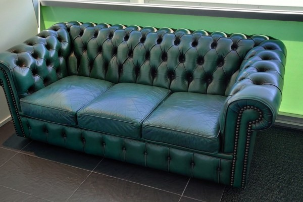 3 Seater Leather Chesterfield Couch, 2 Seater Leather Chesterfield Cou...