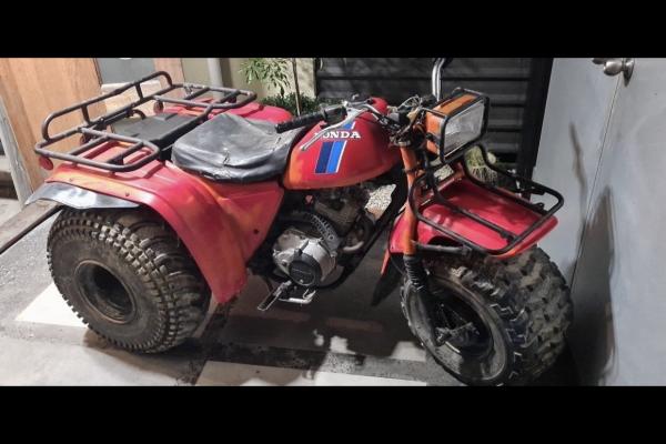 Motorcycle Honda Atc 200