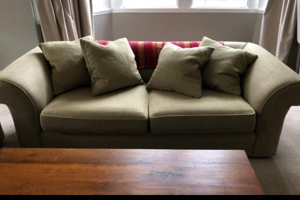 2 seater couch, 3 seater couch