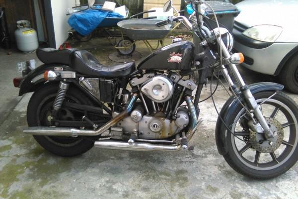 Motorcycle harley davidson 1980 sportster