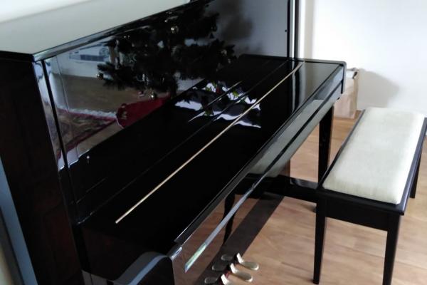 Kawai kx-21 piano