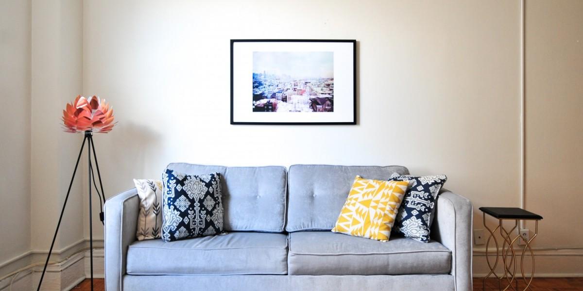 Comprehensive guide how to transport a sofa