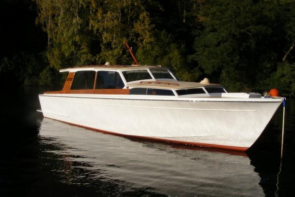Motor boat Vindex 29