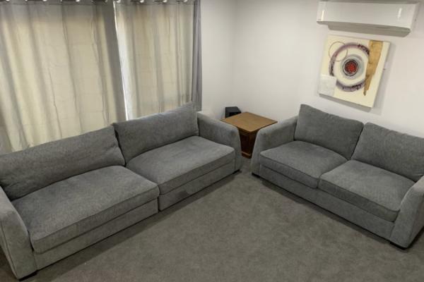 Lounge suite, Lounge suite