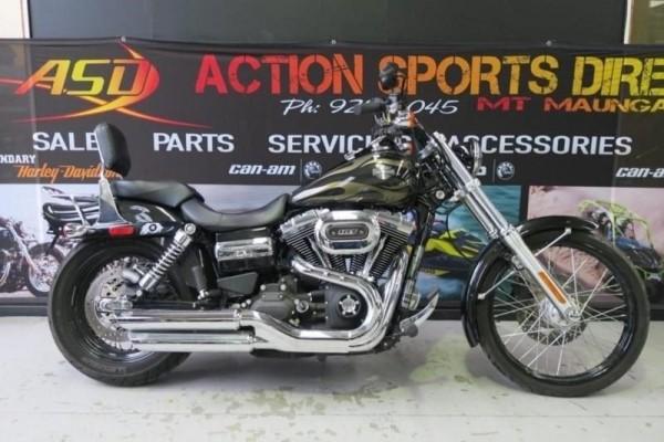 Motorcycle Harley Davidson 2016 Wideglide