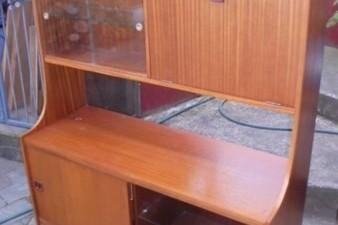 Retro display cabinet